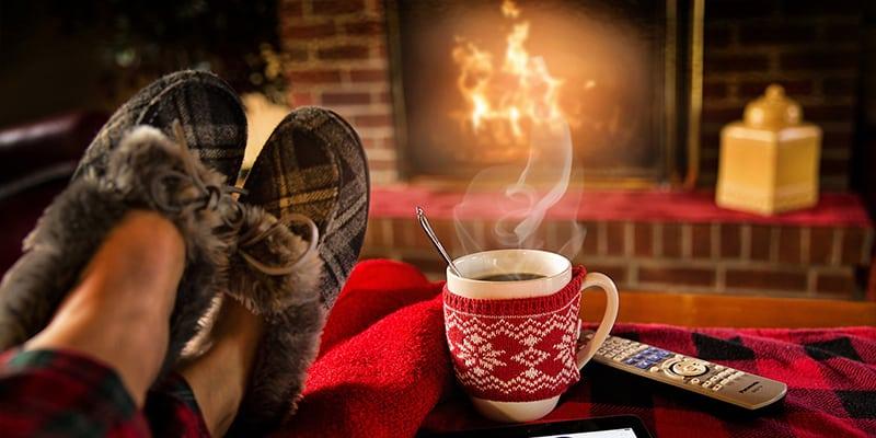 Calienta tu hogar con chimeneas modernas